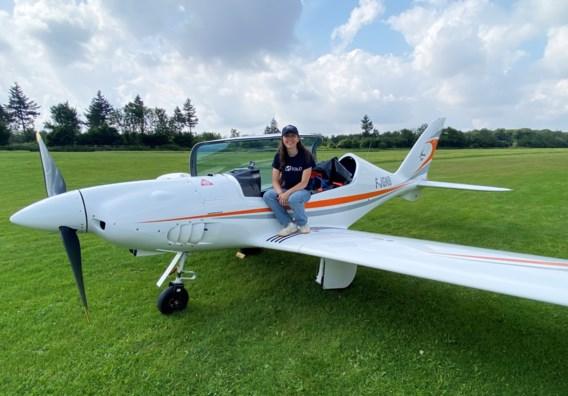 Belgisch-Britse van 19 wil als jongste vrouw ooit solo rond de wereld vliegen: 'Ik had een beetje tijd over'