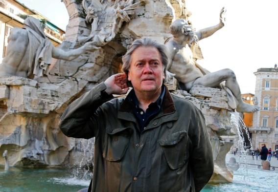 Volgelingen van Steve Bannon moeten abdij in Italië verlaten