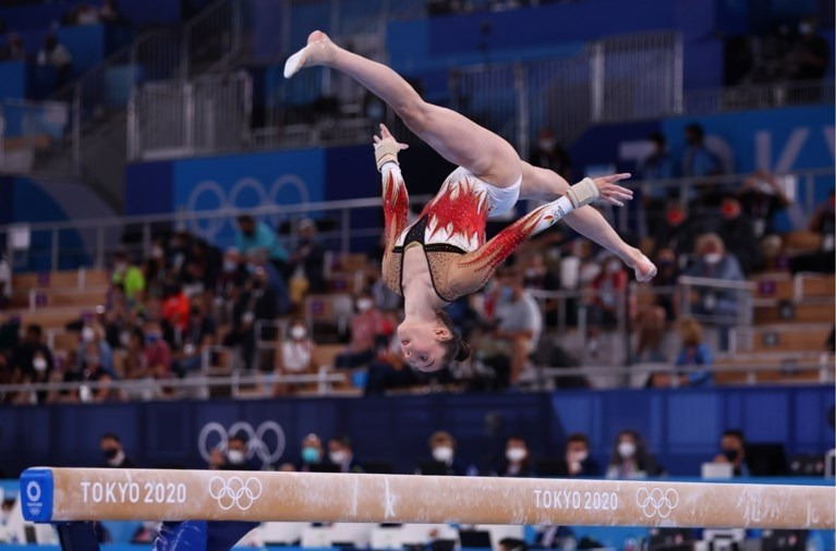 Sunisa Lee pakt goud op allroundfinale, Derwael eindigt knap zesde
