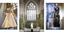 De mode van Mattijs Van Bergen wordt vereerd in een kerk
