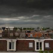 Stevige onweersbuien voorspeld voor zondag, nummer 1722 actief