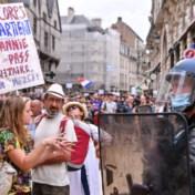 Coronablog | Opnieuw tienduizenden Fransen op straat uit protest tegen maatregelen