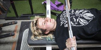 Steeds vaker v en x aan de gewichten: 'Geen ziek brede schouders nodig om te powerliften'