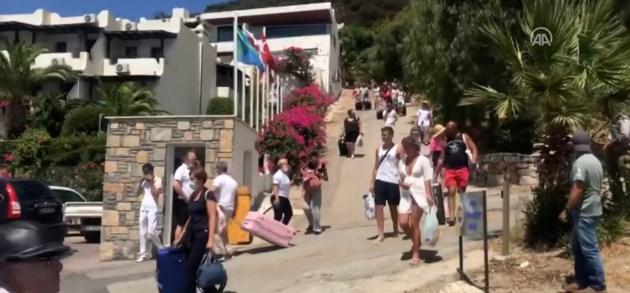 Toeristen moeten koffers pakken, deel van Turkse rivièra in allerijl ontruimd