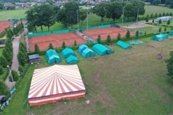 Circustent gaat vliegen op Chirokamp: 15 kinderen en begeleiders gewond