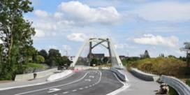 Nieuwe Zennebrug in Halle is klaar