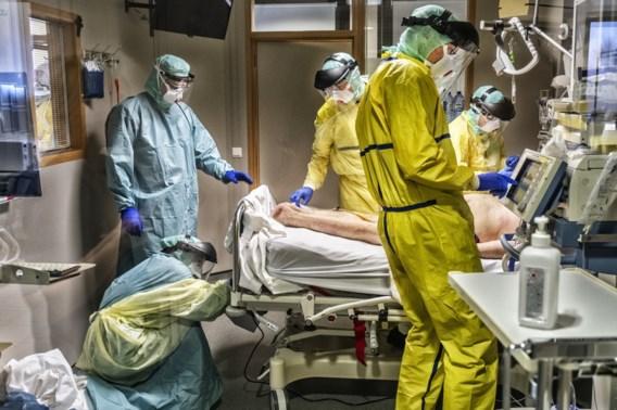 Elke dag belanden gemiddeld 57 coronapatiënten in ziekenhuis