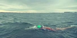 Marieke Blomme iets achter op schema om kust af te zwemmen
