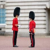Na 18 maanden weer wisseling van de wacht aan Buckingham Palace
