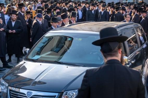 Antwerpse zusjes die stierven bij ongeval met vrachtwagen al begraven: 'Hoe kunnen ze ons zo ontnomen worden?'