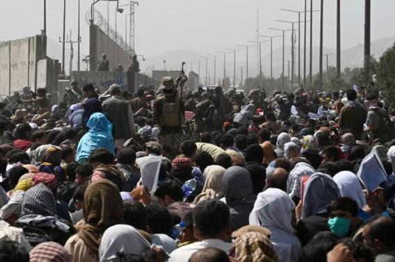 Taliban houden bus tegen bij nieuwe evacuatie-poging