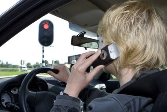 Verkeersboetes voortaan duurder: overtreder betaalt nu zelf administratiekosten