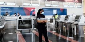 Luchtvaartmaatschappijen draaien niet-gevaccineerden duimschroeven aan