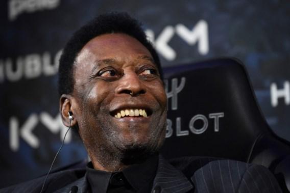 Braziliaanse voetballegende Pelé naar ziekenhuis: 'Mensen, ik ben niet flauwgevallen!'