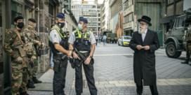Politie bewaakt dan toch Joodse wijk