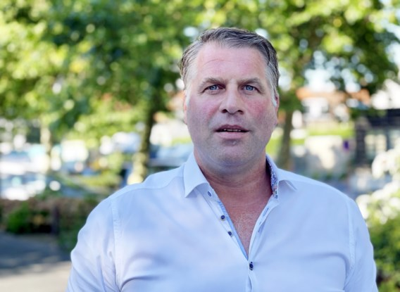 Burgemeester De Panne legt zich niet neer bij machtswissel: 'Gaan mij uit het gemeentehuis moeten sleuren'