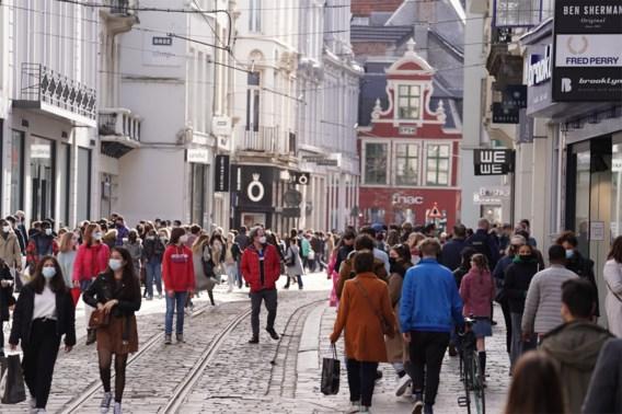 Vlaanderen kleurt rood op Europese coronakaart