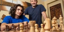 15-jarige Daniel is jongste Belgische grootmeester ooit in de schaakwereld