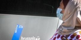 Brussels burgemeester Close wil hoofddoekendebat niet importeren