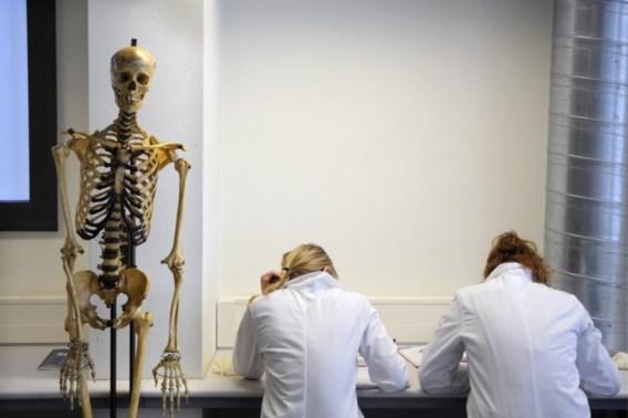Franstalige instroom student-artsen zoveelste druppel die de emmer doet overlopen