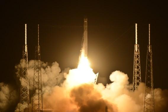SpaceX maakt zich op voor eerste commerciële volwaardige ruimtevlucht