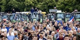 Het mag wat kosten, en toch wil de Nederlandse boer niet van zijn veld