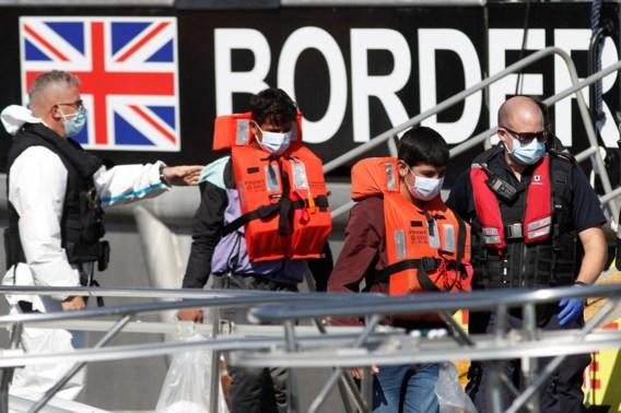 Johnson op ramkoers met Frankrijk over gedwongen terugkeer migrantenboten