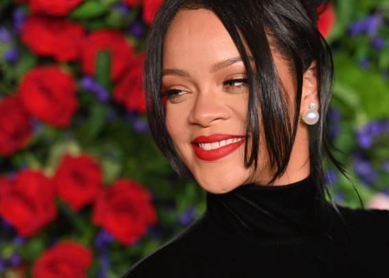 Rihanna staakt rechtszaak tegen haar vader