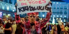 Ondanks valse verklaring over homofobie gaan lgtbti-protesten in Madrid door: 'Er zijn echte slachtoffers'