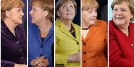 Merkel tussen de wereldleiders: elk jaar een beetje meer kleur