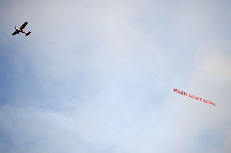 Ronaldo schiet meteen twee keer raak voor ManU, terugkeer ontsierd door banner