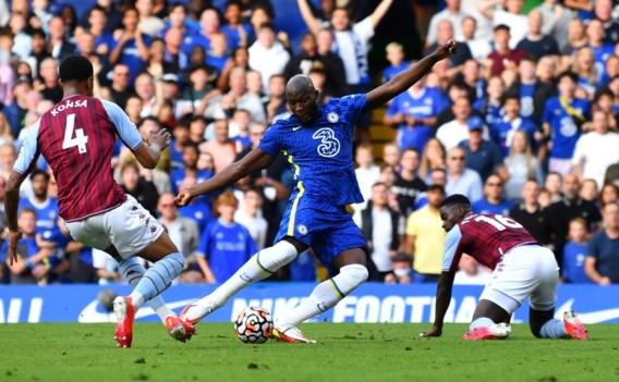 Romelu Lukaku scoort tweeklapper op Stamford Bridge en schiet Chelsea naar gedeelde leidersplaats