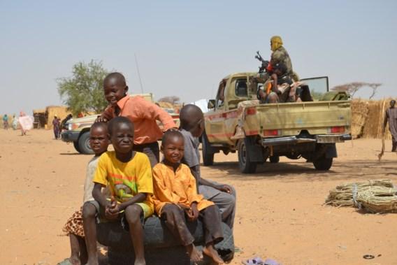 Amnesty: 'Steeds meer kinderen gedood en gerekruteerd bij conflicten in drielandenpunt Sahel'