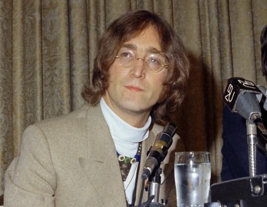 Tapes met niet eerder uitgezonden interviews John Lennon geveild