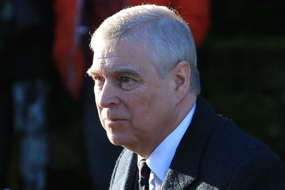 Misbruikproces tegen prins Andrew begonnen: advocaat beweert dat rechtszaak ongegrond is