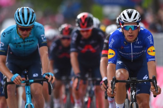 Joao Almeida sprint naar de zege in openingsrit Ronde van Luxemburg