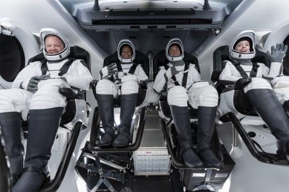 Vier ruimtetoeristen op driedaagse reis