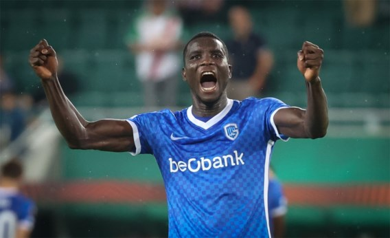Onuachu schiet matig KRC Genk in extra tijd voorbij Rapid Wien in Europa League