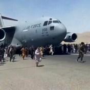 De Afghaanse mannen die van het Amerikaanse vliegtuig vielen