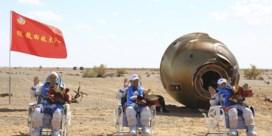 Chinese astronauten terug op aarde na recordmissie