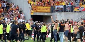 Opnieuw chaos tijdens Franse wedstrijd: supporters bestormen veld