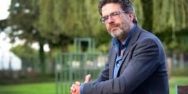 Steven Van Gucht: 'Ongelukkige timing om vlak voor najaar mondmaskerplicht te versoepelen'