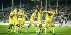 Club knokt zich in blessuretijd naar gevleide 0-1-overwinning