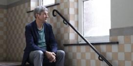 Paul Verhaeghe blikt terug: 'Ik heb al vroeg geleerd om niet te huilen en niet te voelen'