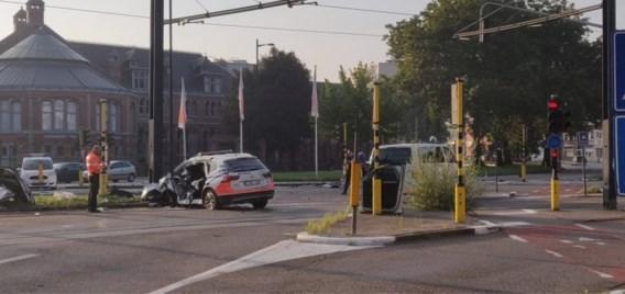 Agenten zwaargewond bij ongeval onderweg naar interventie in Gent