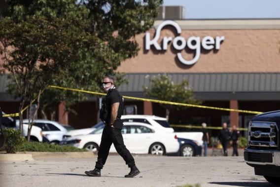 Twee doden en twaalf gewonden bij schietpartij in winkel Tennessee