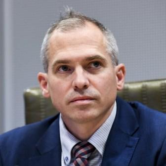 Dikke Freddy schrijft een brief aan Matthias Diependaele, 'minister van de Zwarte Lijst'