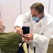 Vaccinatiecentra langer open na groen licht voor boosterprik voor 65-plussers