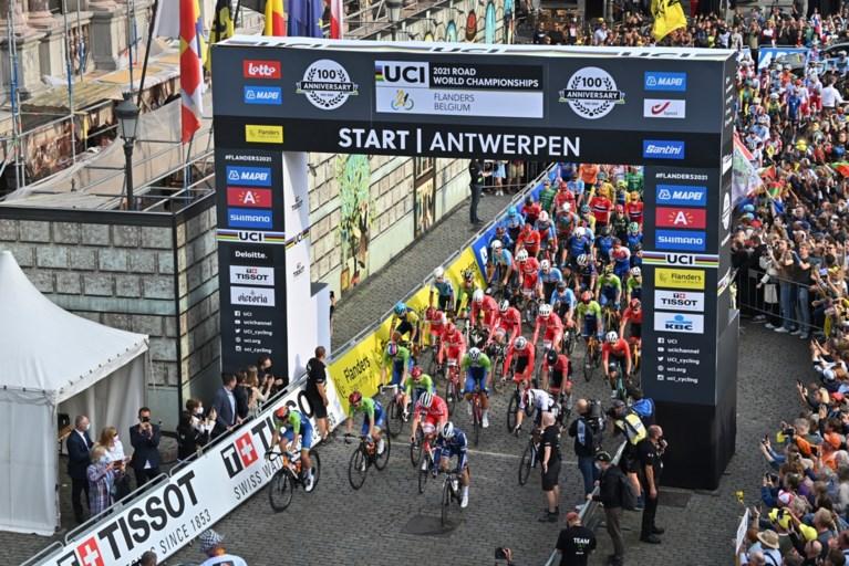 Mensenzee moedigt Van Aert en co. aan langs parcours