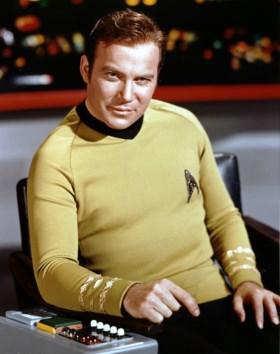 Captain Kirk is oudste mens ooit in de ruimte